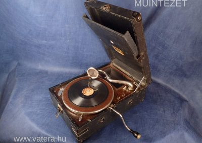 1927 His Masters Voice HMV 101B - bce8_1_big.jpg