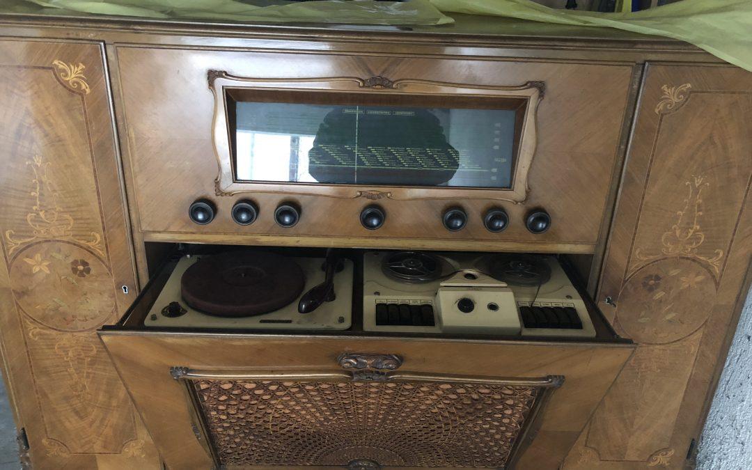 1955 Mechlabor Zeneszekrény ML VMG 5516-02 Intarzia