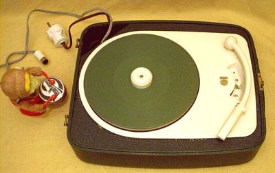 1955 Philips Portable Turntable Modell AG 2117