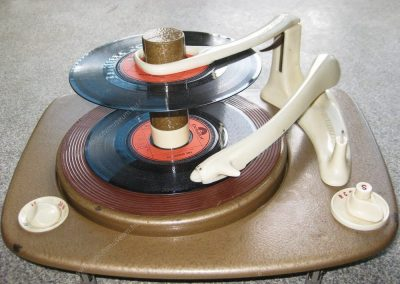 1957 Supraphon Record Changer Turntable MD1 - Supraphon-MD1.2.jpg