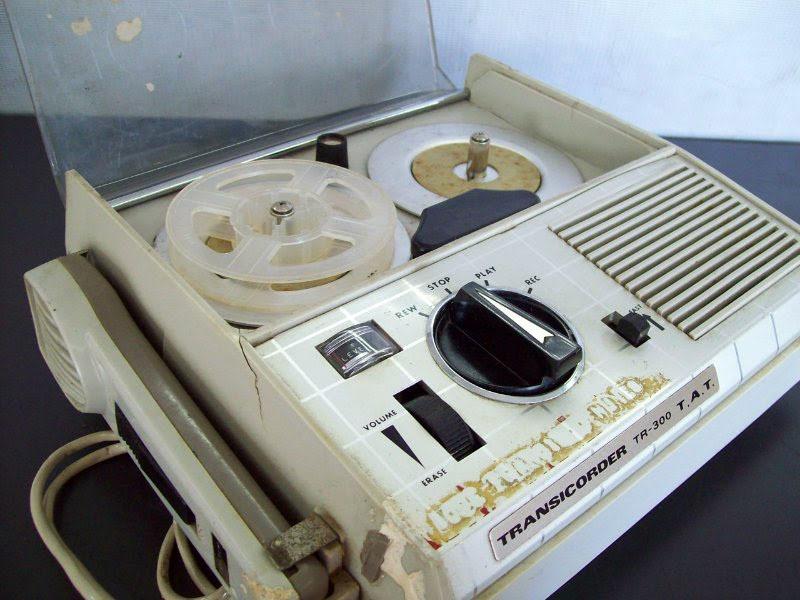 1960 Transistor Tape Recorder Transicorder TR-300