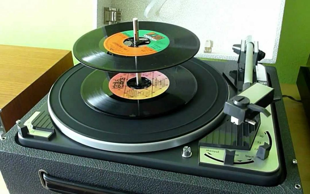 1964 Dual Four Speed Fully-Automatic Idler-Drive Turntable 1010