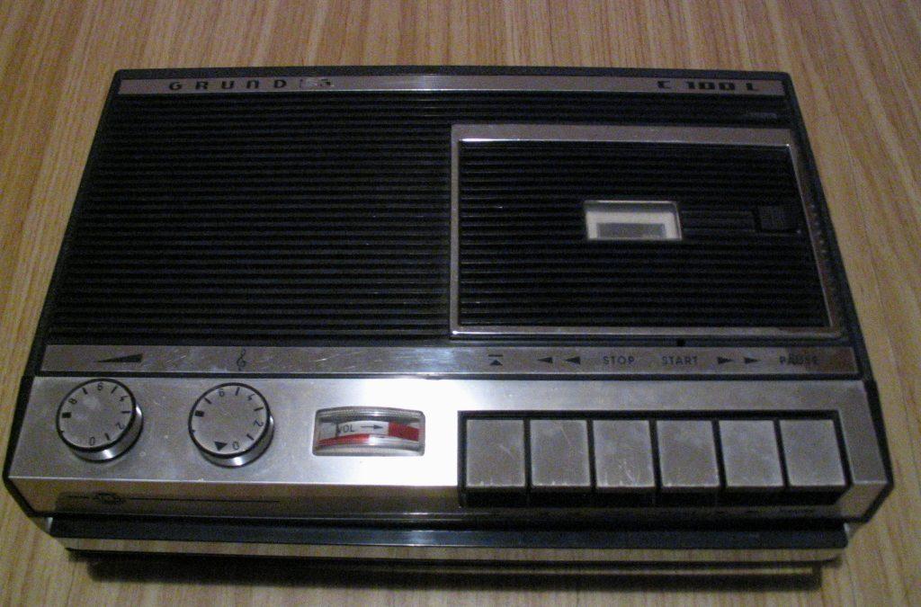 "1966 Grundig Tonbandgerät Cassetten System ""DC International"" C 100 L"