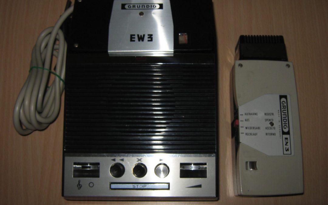 1964 Grundig Electronic Notepad De Luxe EN 3