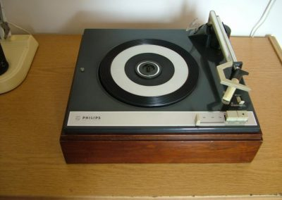 1966 Philips Stereo Record Player w Changer 22GC035-02 - post-21280-0-21788000-1398008835.jpg