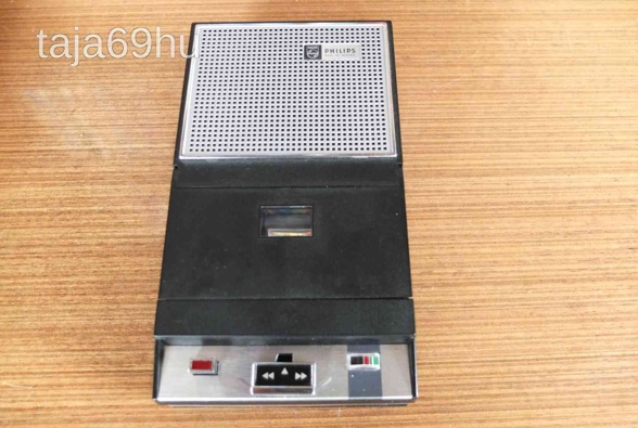 1965 Philips Portable Cassette Recorder EL 3302