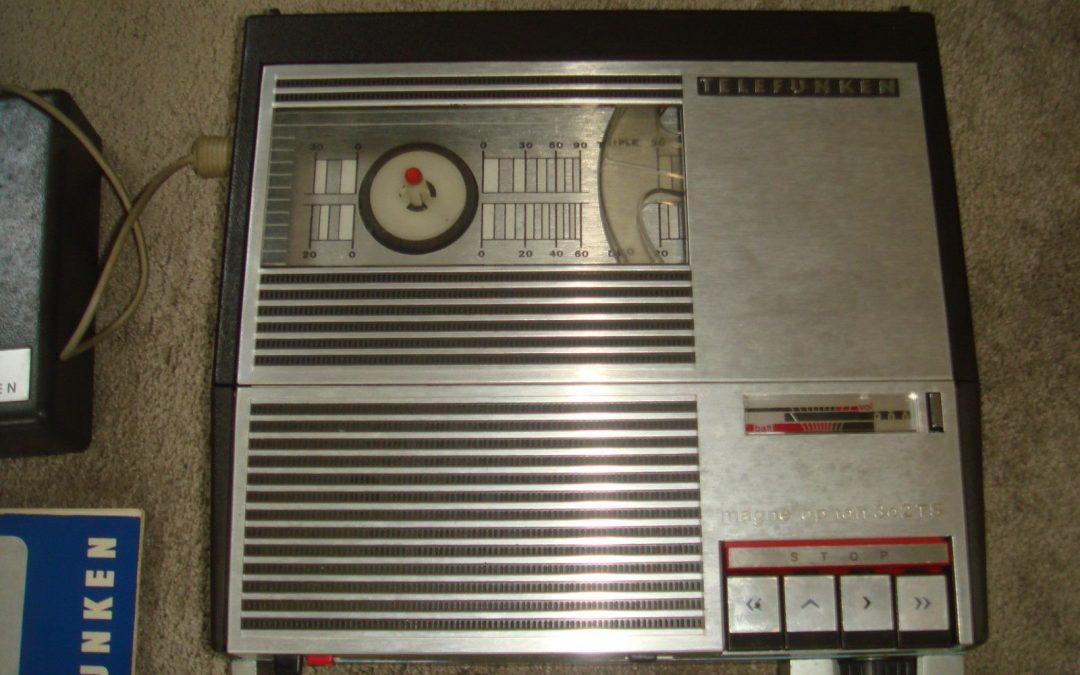 1968 Telefunken Portable Magnetophon 302 TS