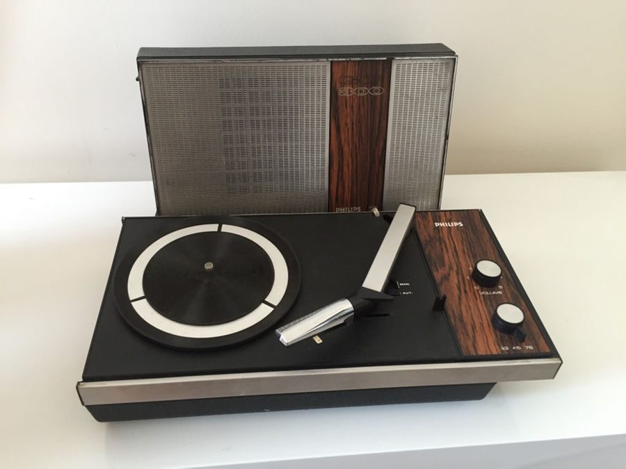 1969 Philips Portable Turntable Electrophon GF-300