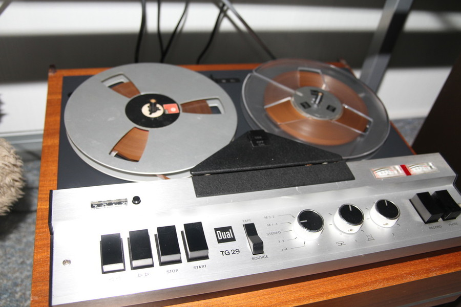 1971 Dual HiFi-Stereo Tonbandgeräte TG 29