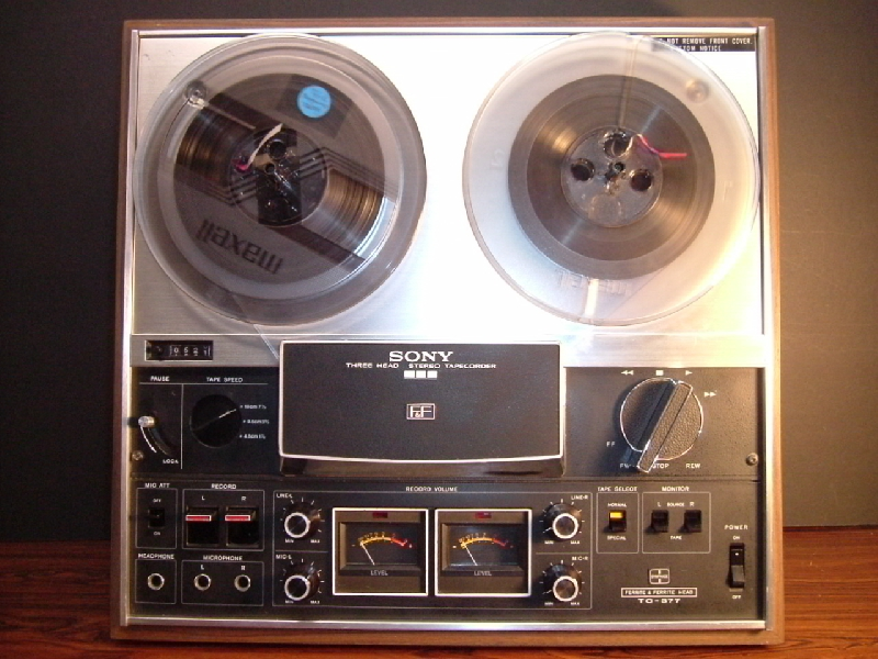 1971 Sony Three Head Stereo Tapecorder TC-377