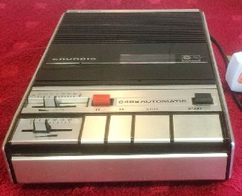 1973 Grundig Compact Cassette Recorder Automatic C 402 - affimagev2.jpg