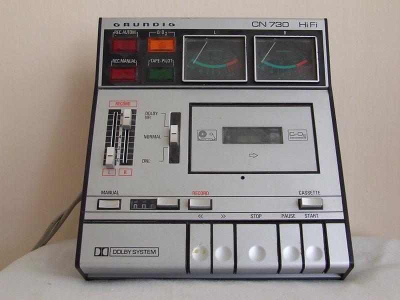 1974 Grundig Dolby HiFi Stereo Cassette Deck CN 730