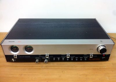 1975 Philips Hi-Fi Pre-Amplifier 22RH551 - IMG_0172.jpg