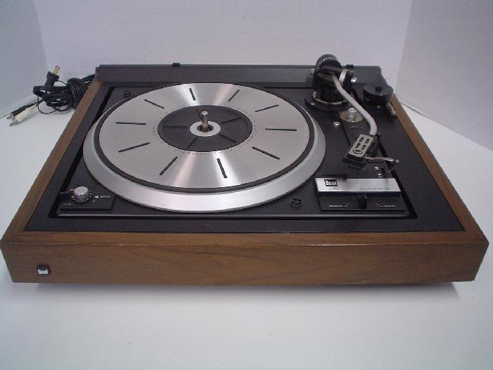 1976 Dual 1235 Turntable