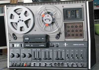 1976 Philips Stereo Tape Recorder N4506 - Philios-4506.2.jpg