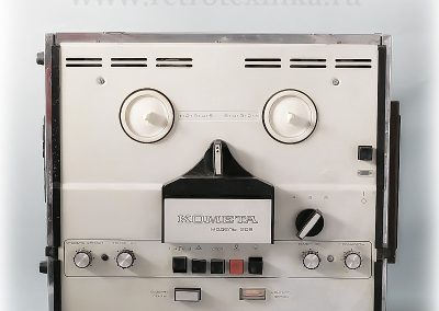 1977 Kometa Tape Recorder model 209 - 209-4.jpg