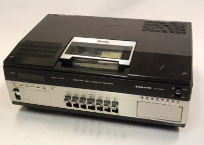 1978 Sanyo Betacord Color Video Cassette Recorder VTC 9300 - Sanyo-VTC-9300.4.jpg
