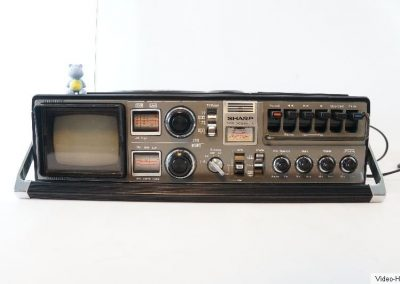 1978 Sharp Radio-Cassette-TV Ghettoblaster Boombox 5P-27G - Sharp-5-P-27G.2.jpg
