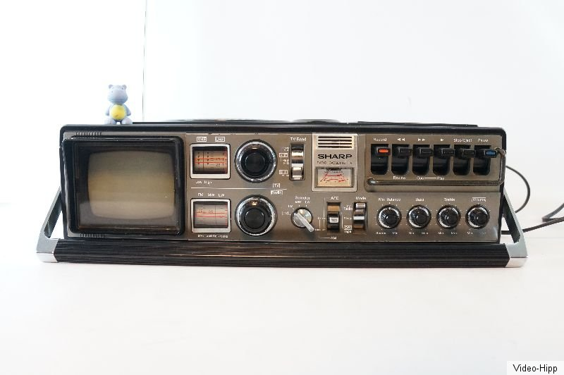 1978 Sharp Radio-Cassette-TV Ghettoblaster Boombox 5P-27G