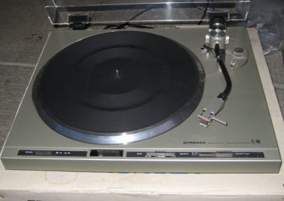 1980 Pioneer Stereo Direct Drive Full Automatic Turntable PL-400 - 164848-pioneer__pl400_.jpg