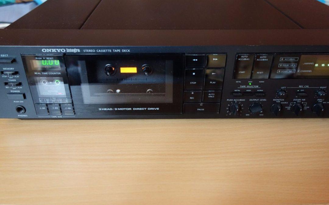 1981 Onkyo Integra Stereo Cassette Tape deck TA 2070