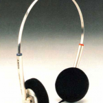 1984 Sony Dynamic Stereo Headphones MDR-60 II - Screen-shot-2016-03-25-at-19.03.52.png