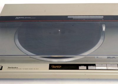 1984 Technics Direct Drive Automatic Turntable System SL-QL5 - Technics-SL-QL5-Direct-Drive-Linear-Fully-Automatic-TurntableLot.jpg