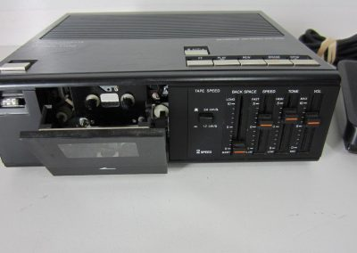 1990 Olympus Optical Microcassette Transcriber Model T700 - Olympus-Optical-microcassette-transcriber-model-T700.1.jpg