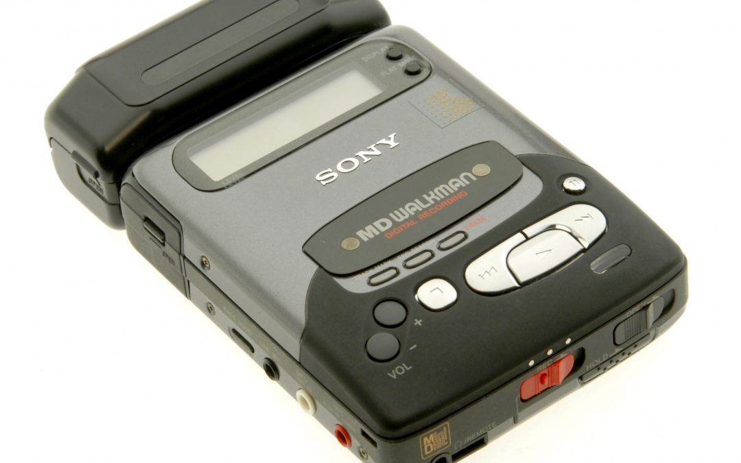 1993 Sony MD Walkman Portable MiniDisc Recorder MZ-R2