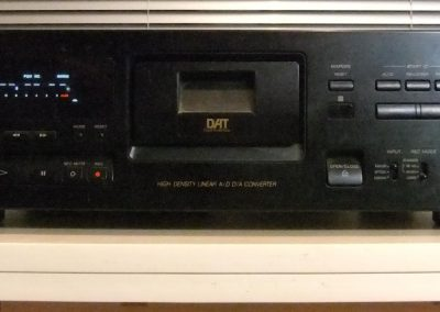1995 Sony Digital Audio Tape Deck DTC-790 - sony-dtc-790_235892.jpg