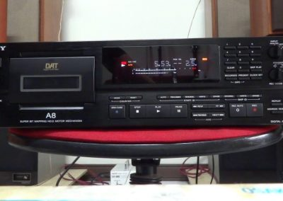1995 Sony Digital Audio Tape Deck DTC-A8 - Sony-DAT-8.4.jpg