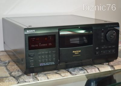 1996 Sony 200 CD Changer Compact Disc player CDP-CX270 - d968_2_big.jpg
