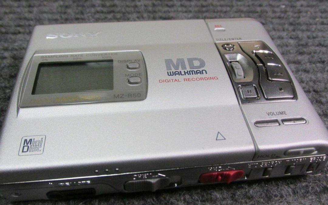 1997 Sony Portable MiniDisc Recorder MZ-R50