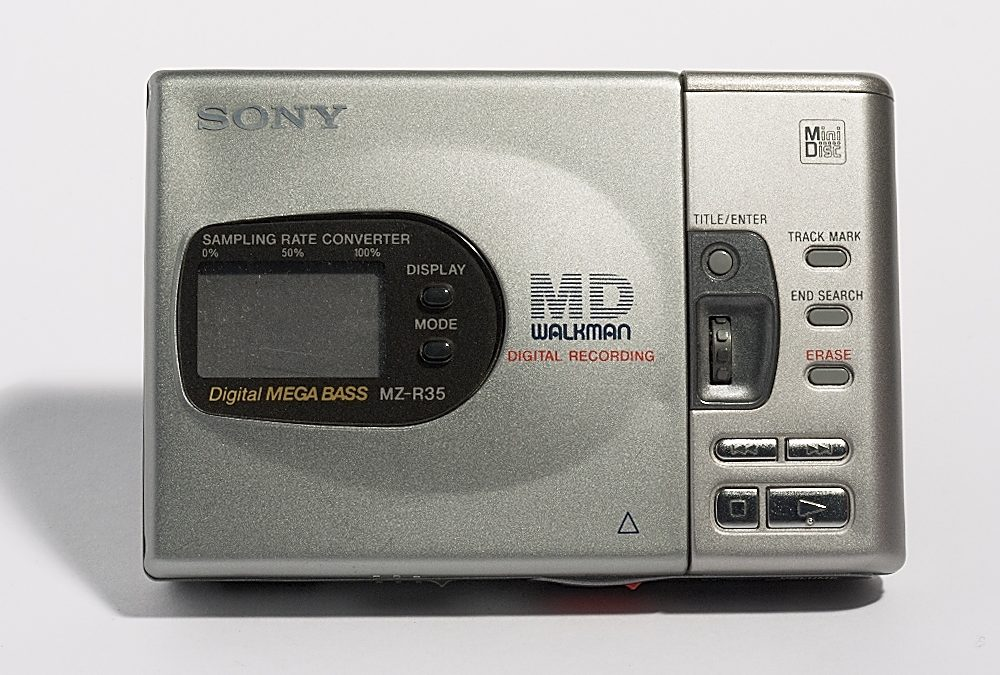 1998 Sony MD Walkman Digital Mega Bass MZ-R35
