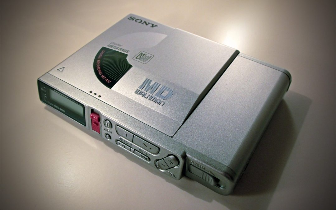 1999 Sony MD Walkman Portable MiniDisc Recorder MZ-R37