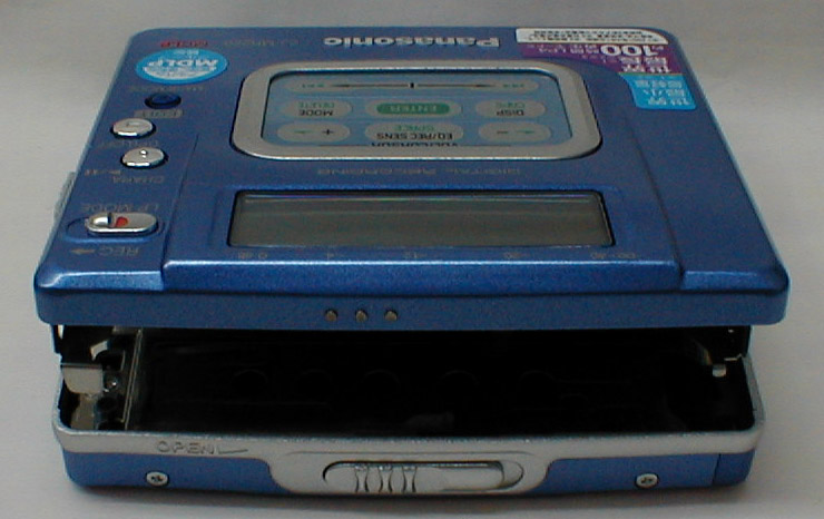 2001 Panasonic Portable MD recorder SJ-MR220